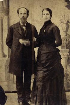 Josephus and Sarah Eleanor La Rue Hopwood, 1886