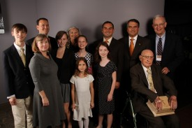 Dennis Helsebeck, Sr., and the Helsabeck/Hobson children and grandchildren